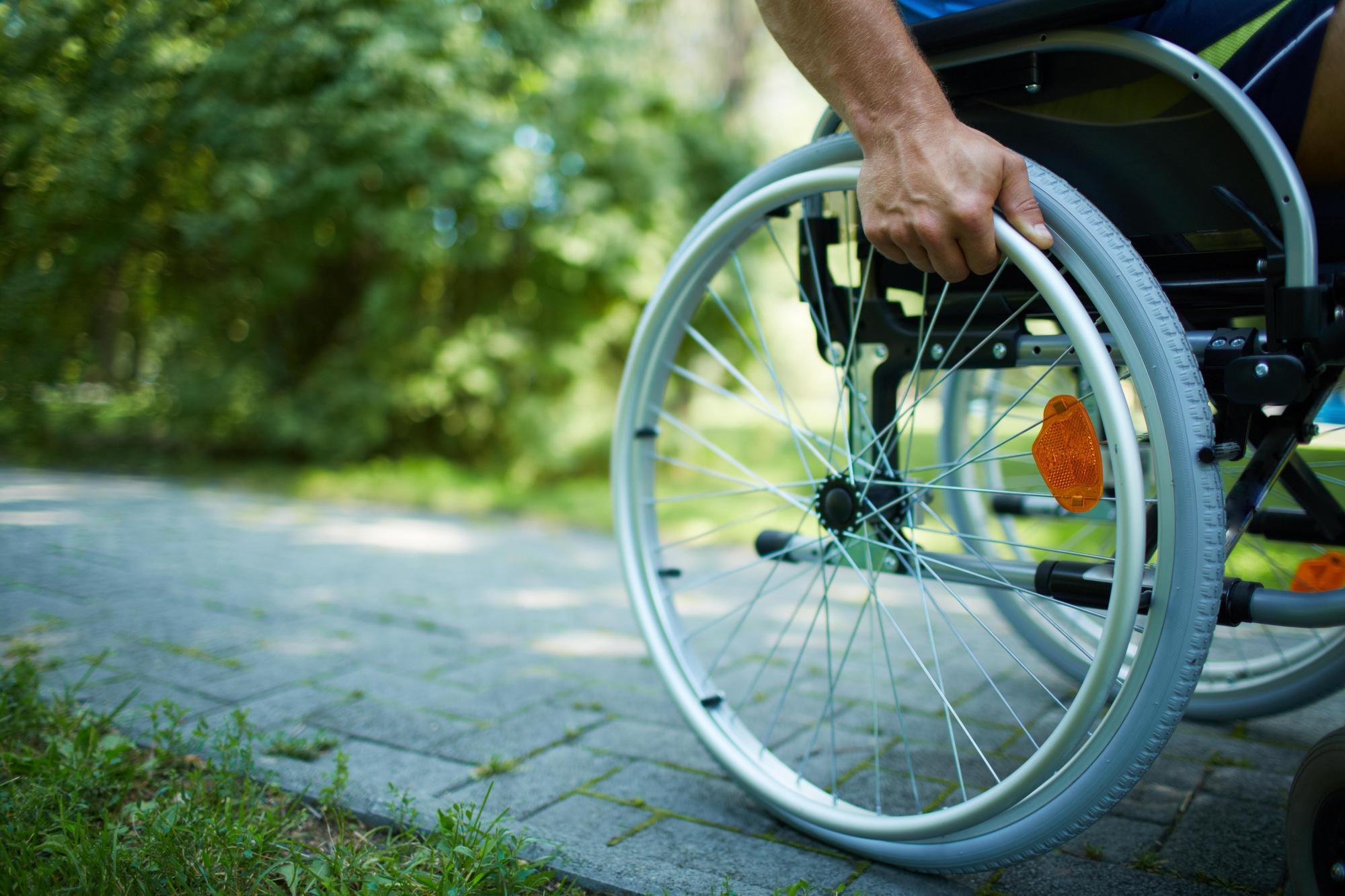 Федеральным бюро медико-социальной экспертизы даны рекомендации по работе с запросами из органов службы занятости о нуждаемости в сопровождаемом трудоустройстве инвалида